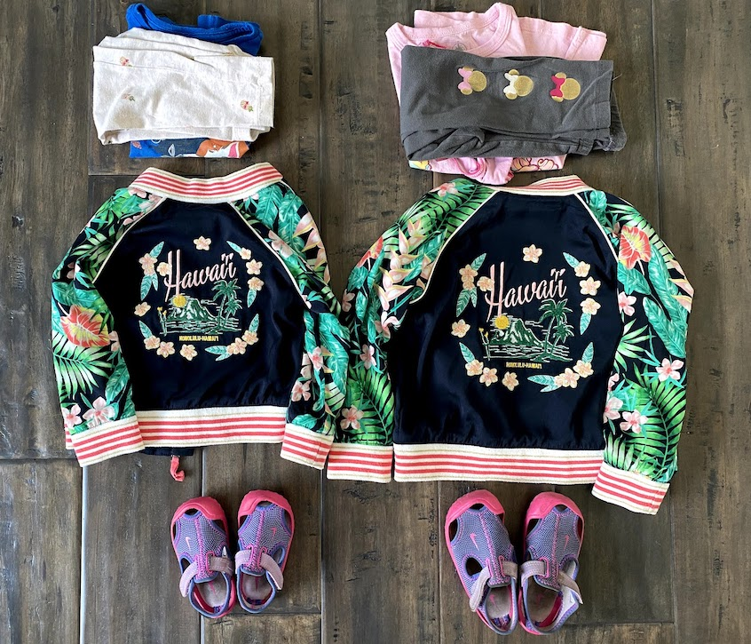 kids outfits for plane